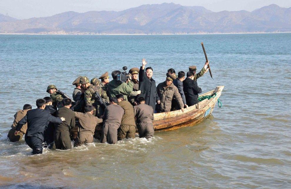 Ким Ир Сен в море