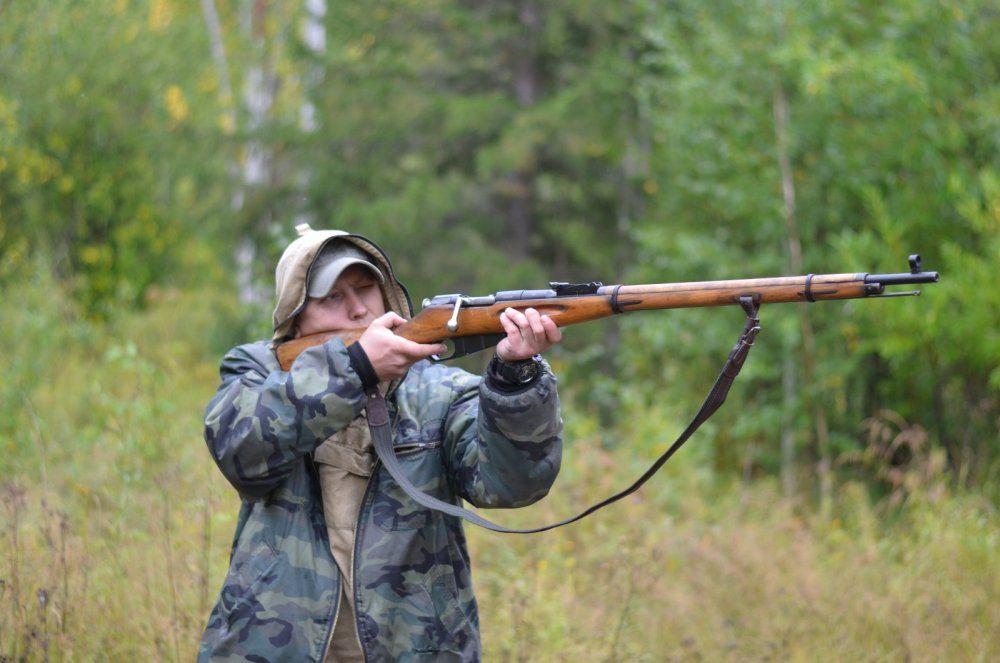 Охотник с винтовкой Мосина
