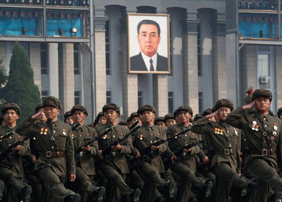 Северокорейская армия на параде