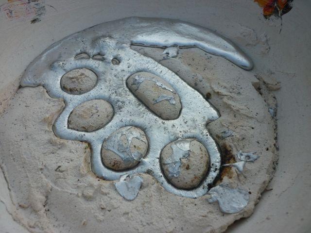 Современный кастет из металла
