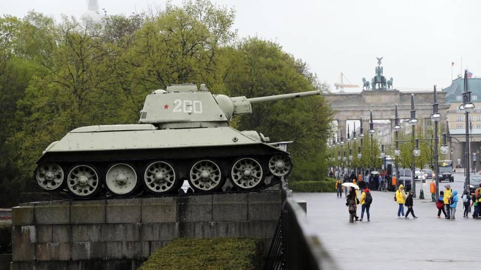 Т-34 в Берлине