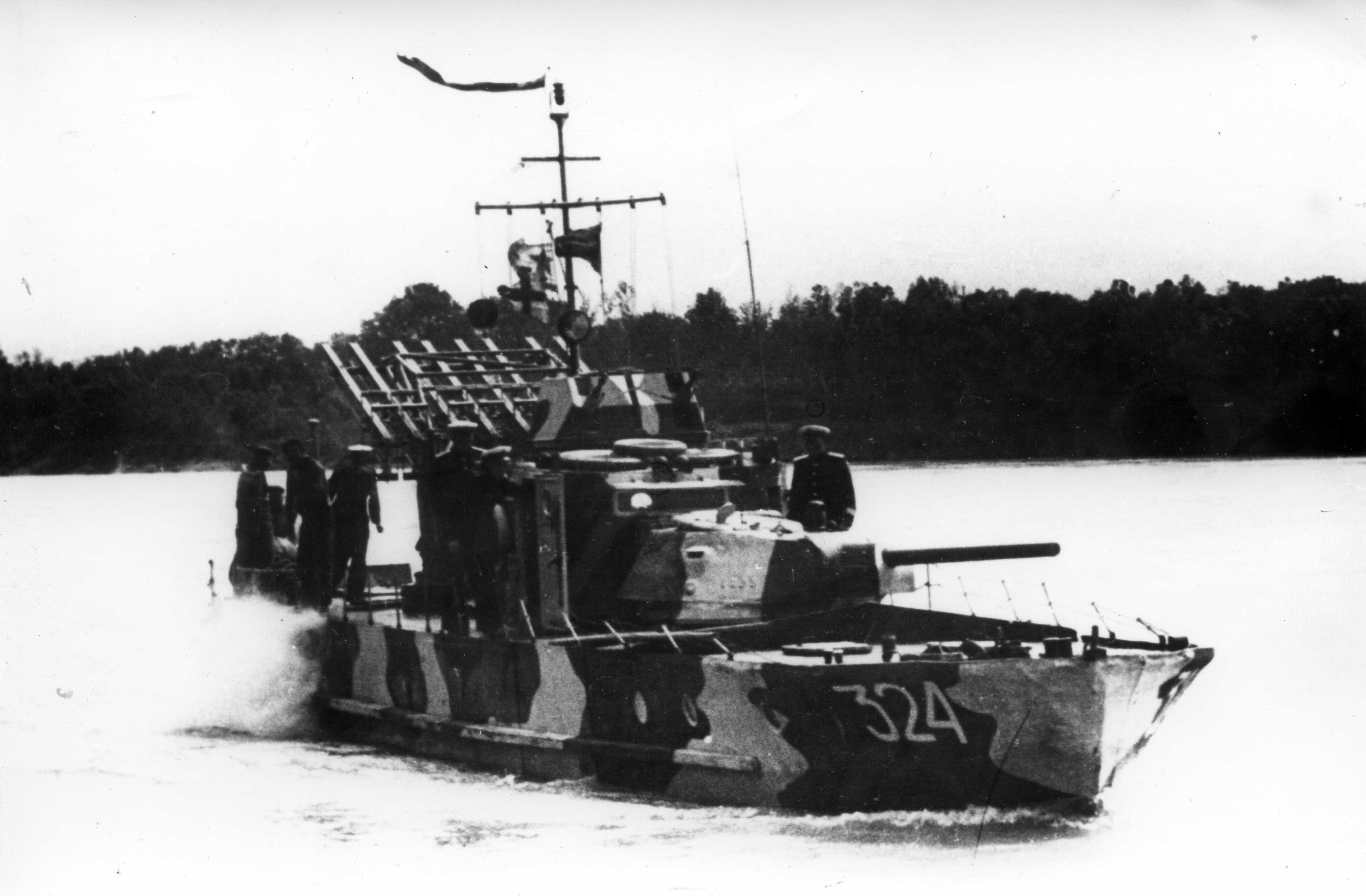 Торпедный катер с РСЗО