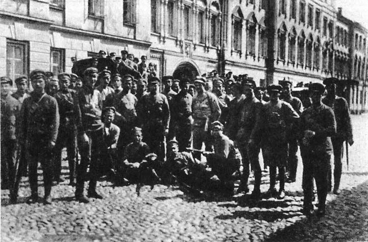 Латышские стрелки в Кремле