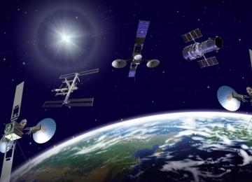 С орбитальными спутниками творится неладное