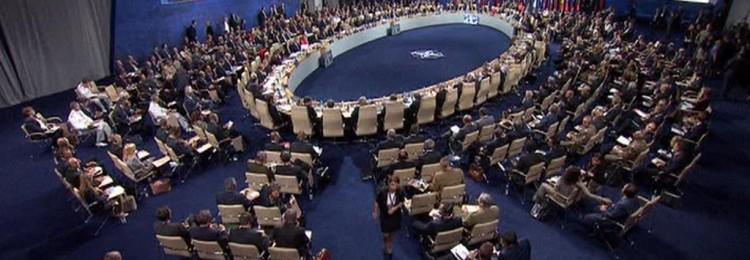 Новая стратегия НАТО – беспокоиться насчет «ядерной угрозы» РФ