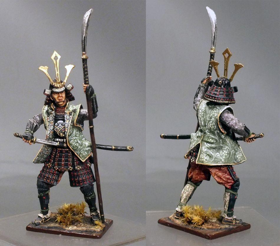 Фигурка самурая