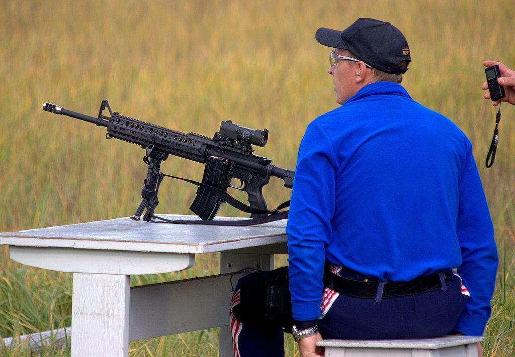 Подготовка к стрельбе из карабина