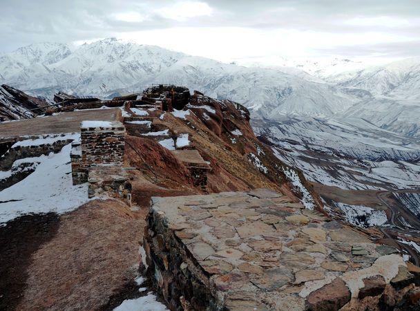 Руины Аламута