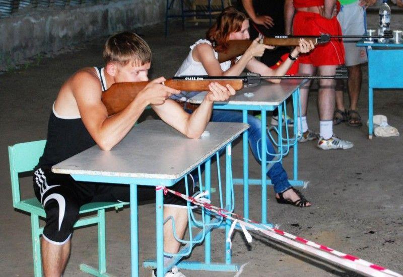 Стрельба из винтовки сидя