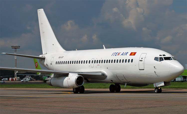 Боинг 737 200