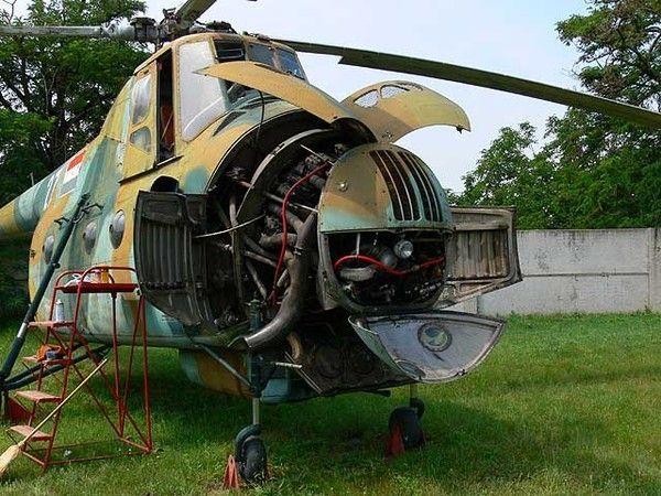 Разобранный Ми-4