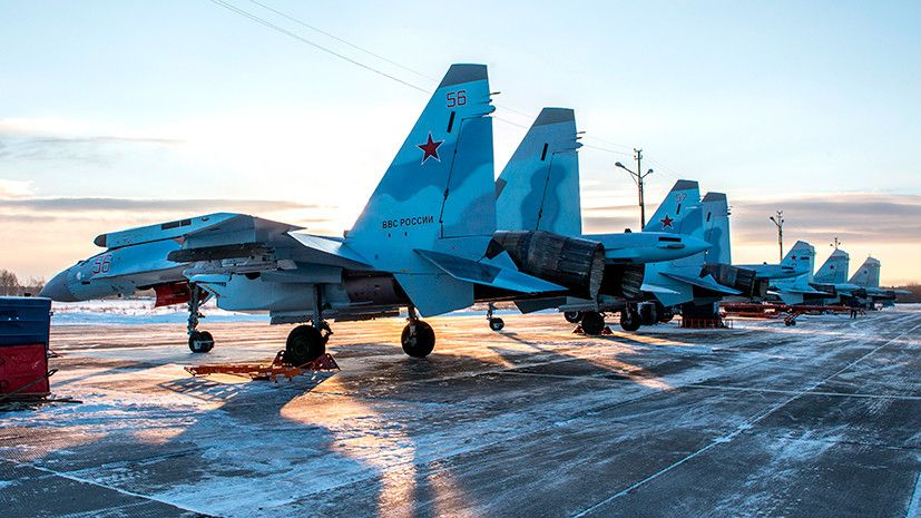 Самолеты в боевом строю