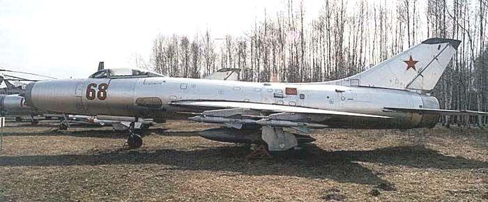 Су-9 на земле