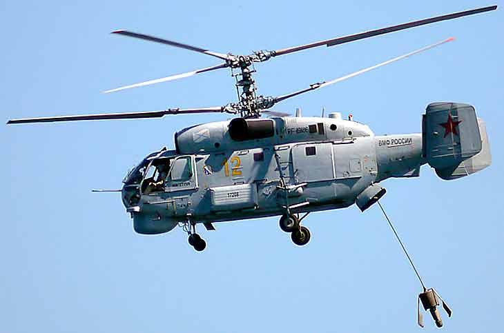 Вертолет с поисковой станцией