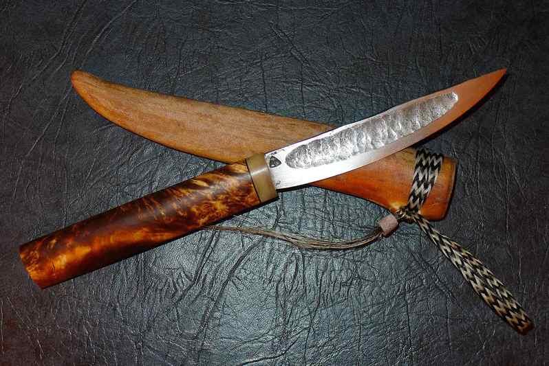 Якутский охотничий нож