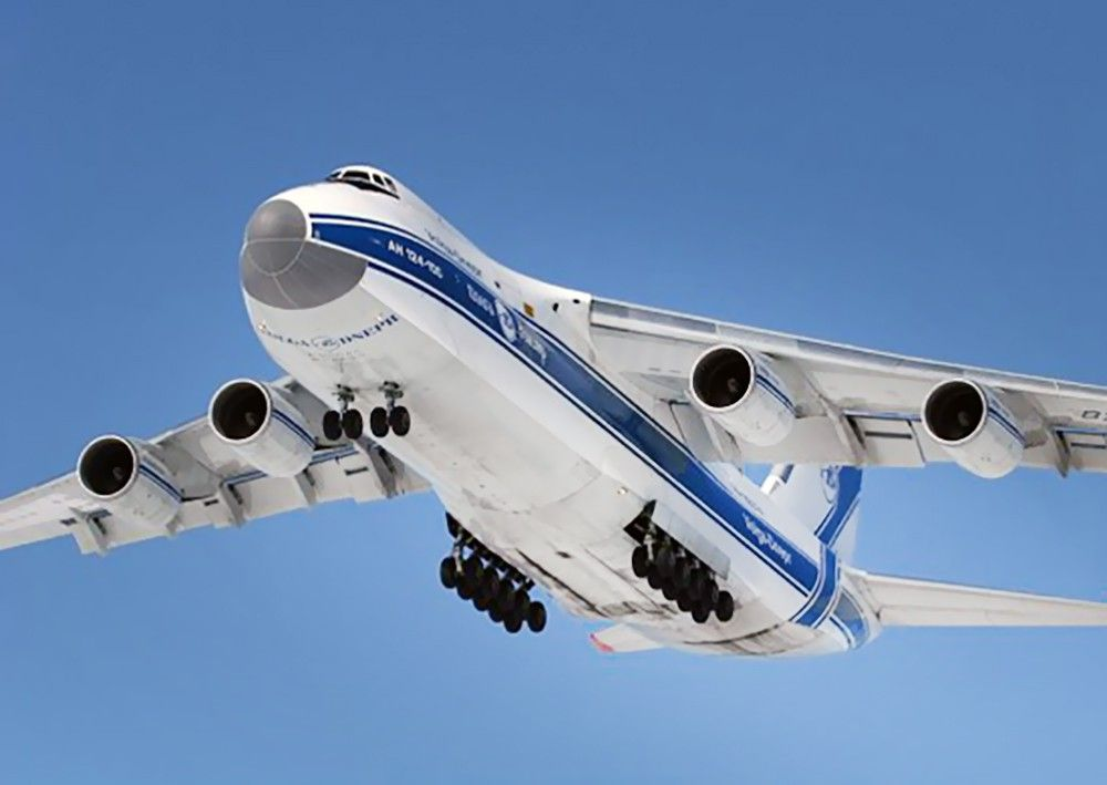 Ан-124-100 в небе