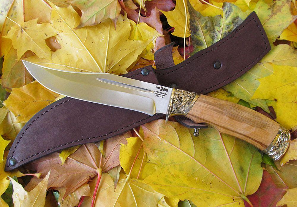 Булатный нож с ножнами