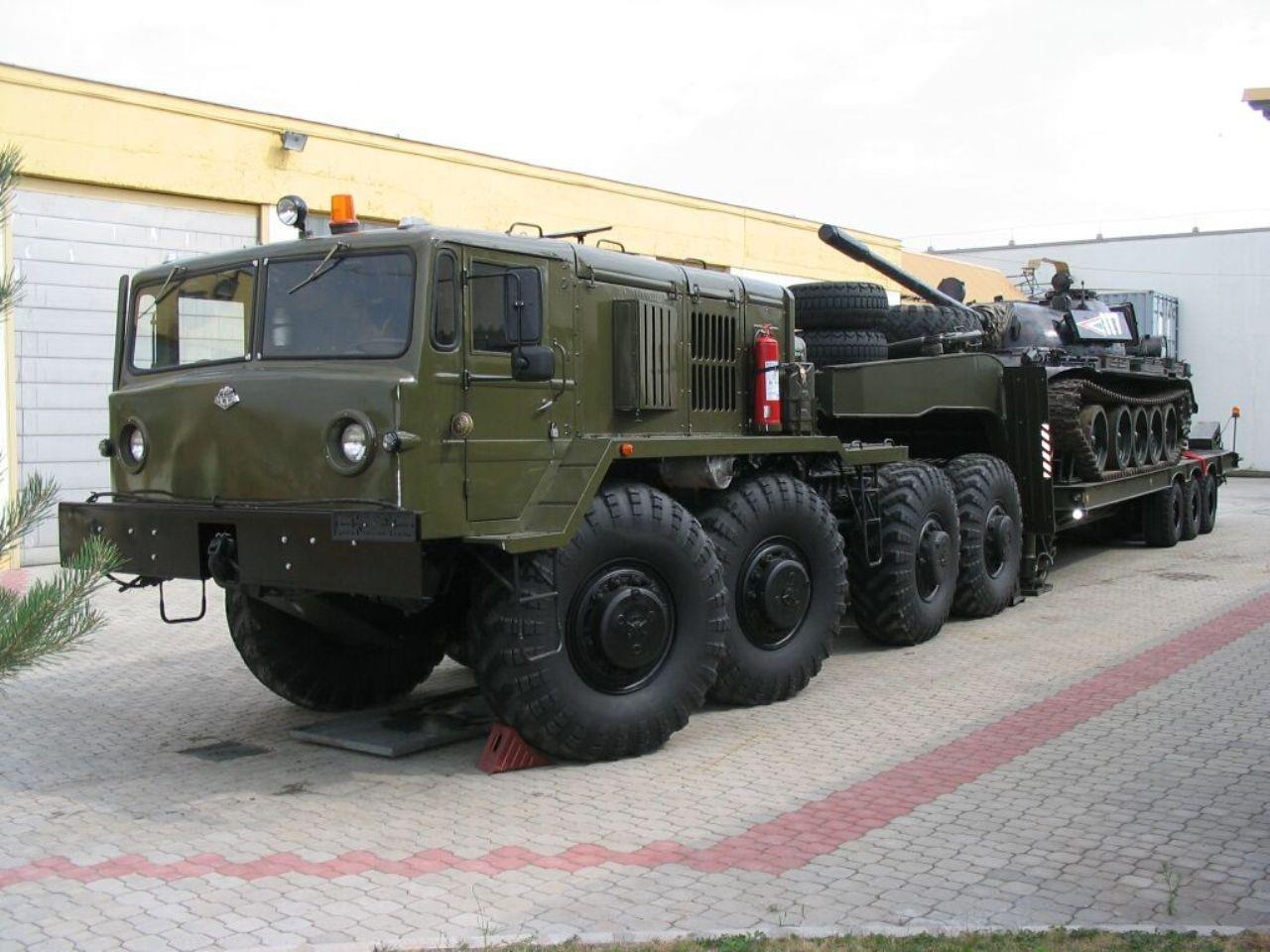 МАЗ-537 с танком
