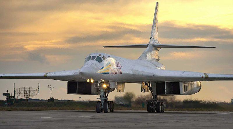 "Ту-160 ""Александр Голованов"""