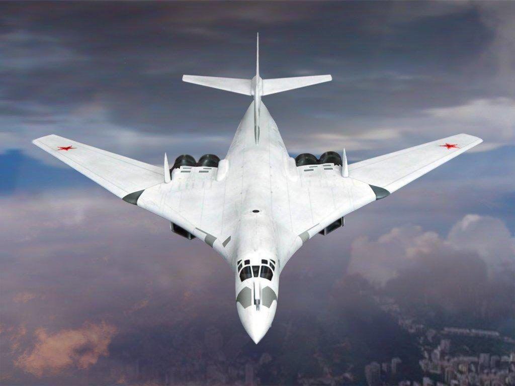 Ту-160 в полете