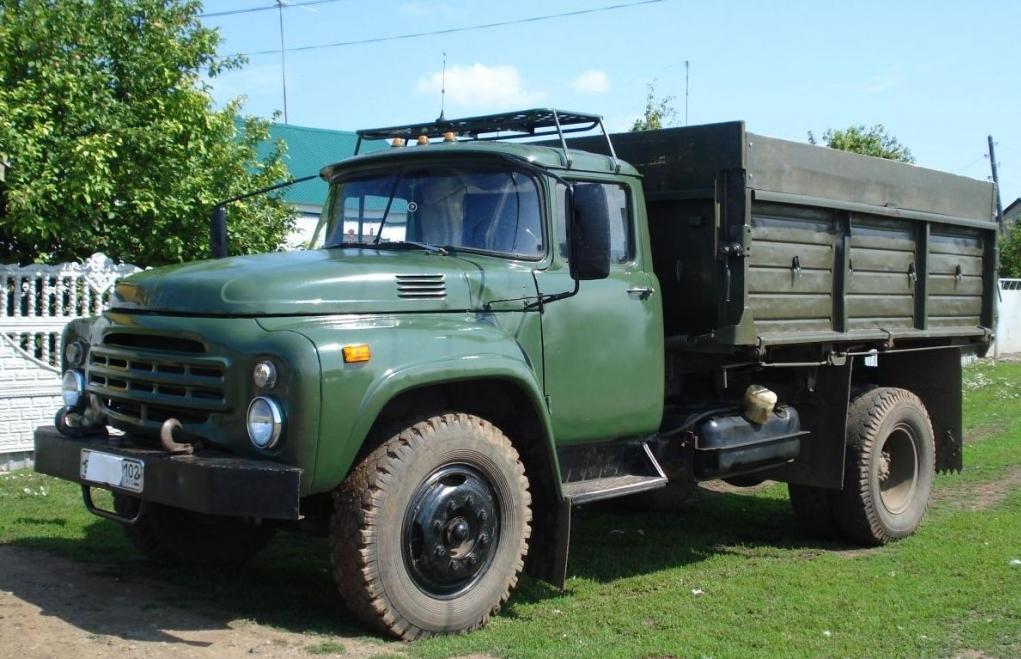 Грузовик ЗИЛ-130