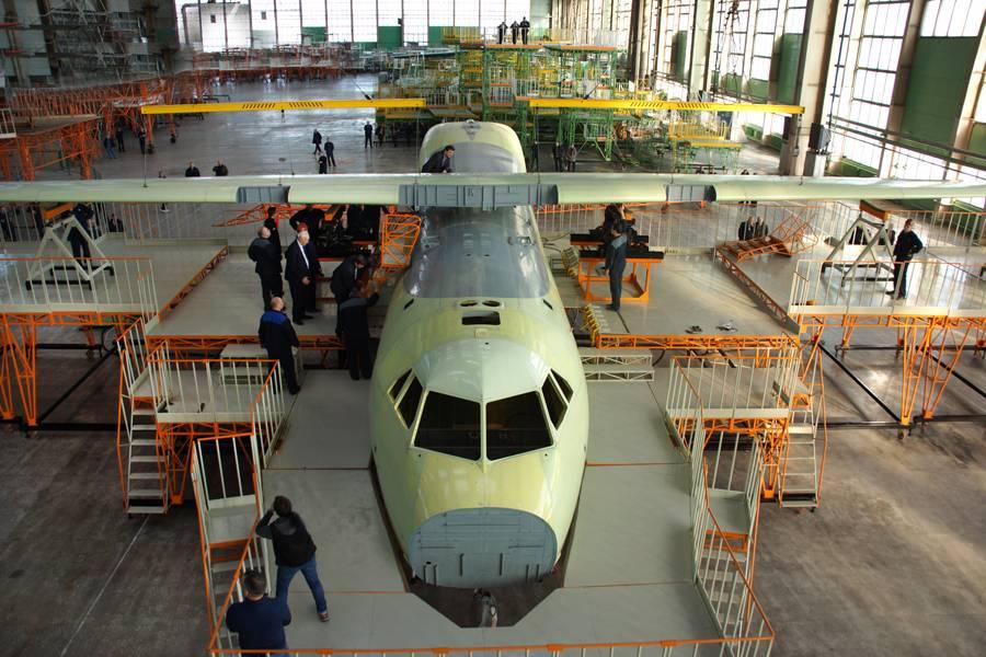 Ил-112 на заводе