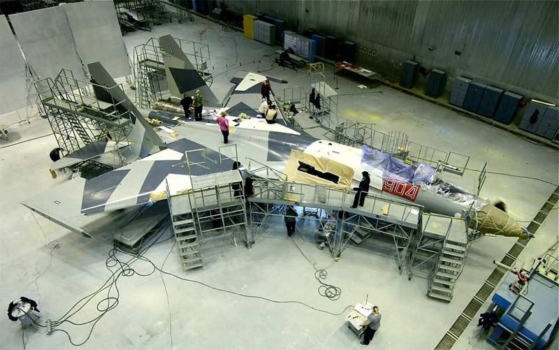 Сборка Су-35
