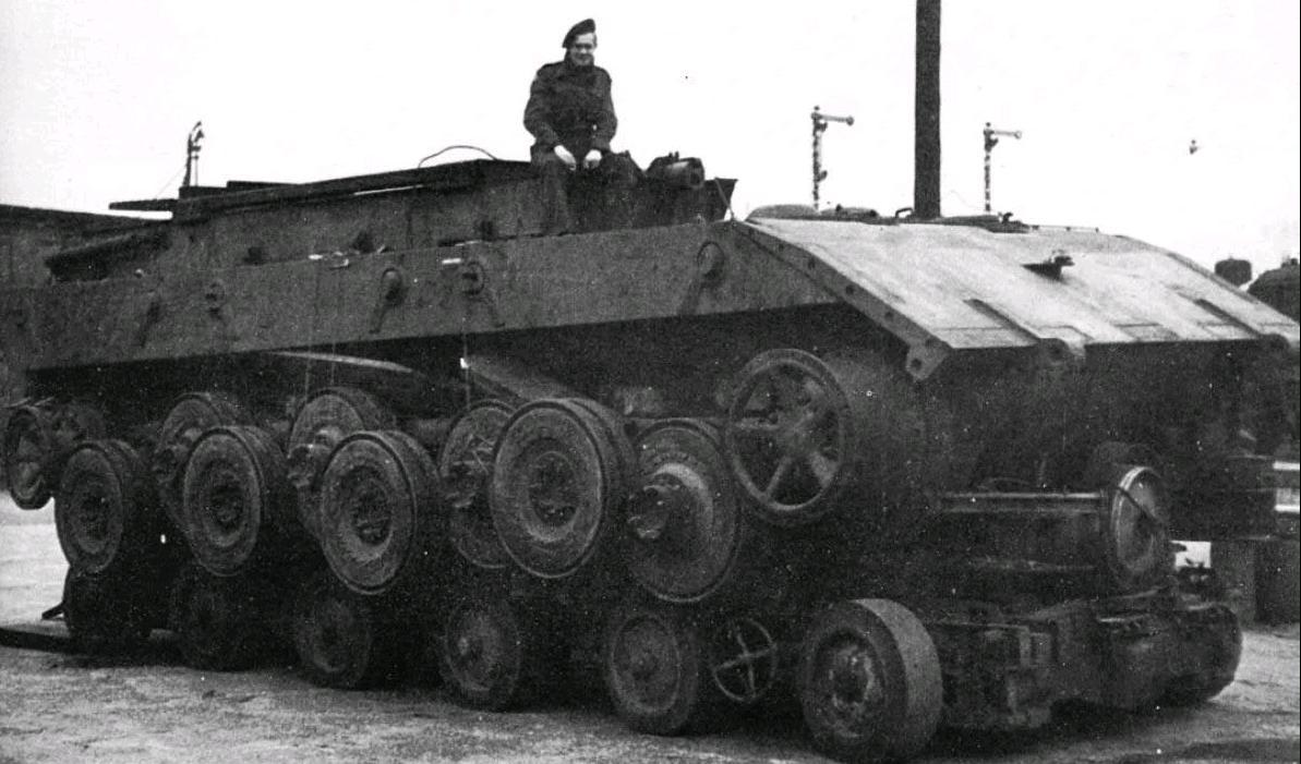 Танк E-100