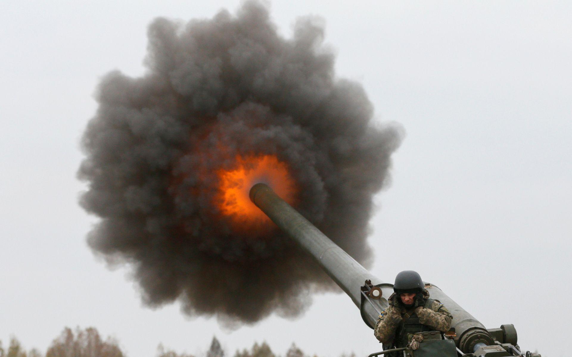 Выстрел фугасным снарядом