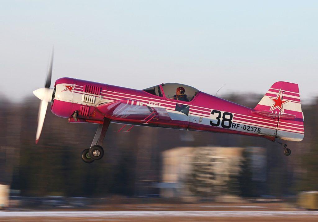 Взлет Су-26