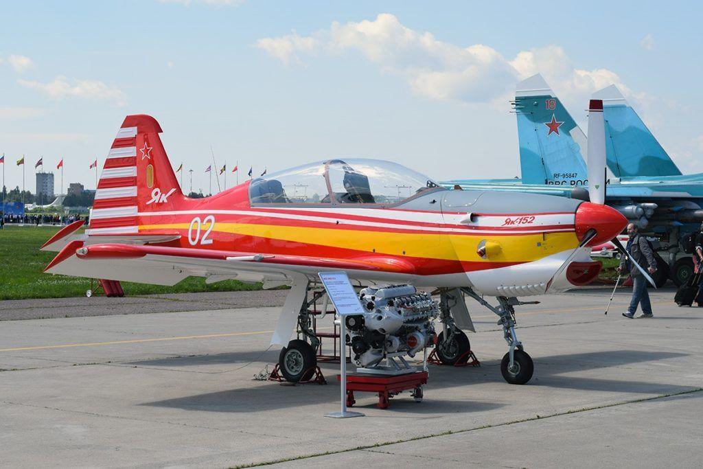 Як-152 с двигателем