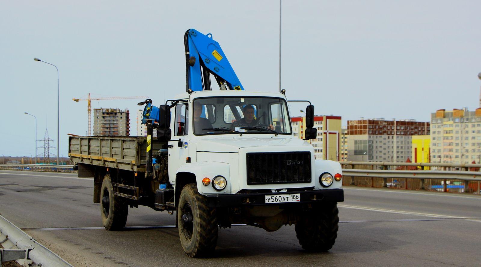 ГАЗ-3308 с краном