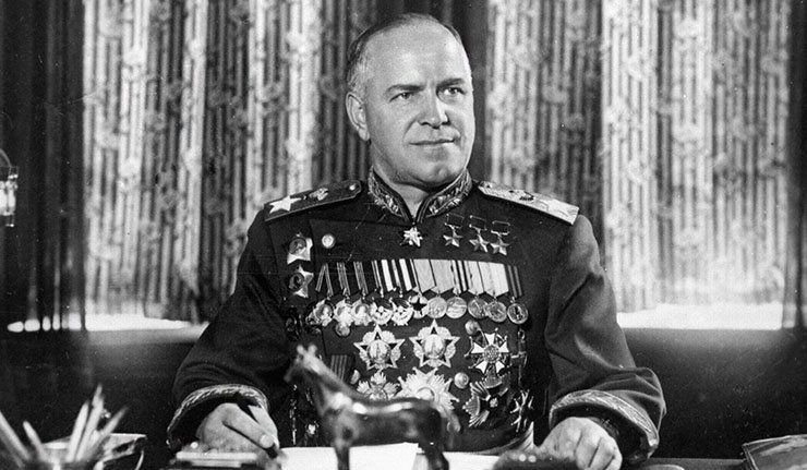 Министр обороны маршал Г. К. Жуков