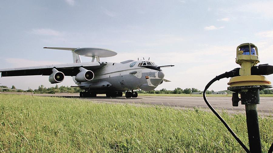 А-100 на ВПП