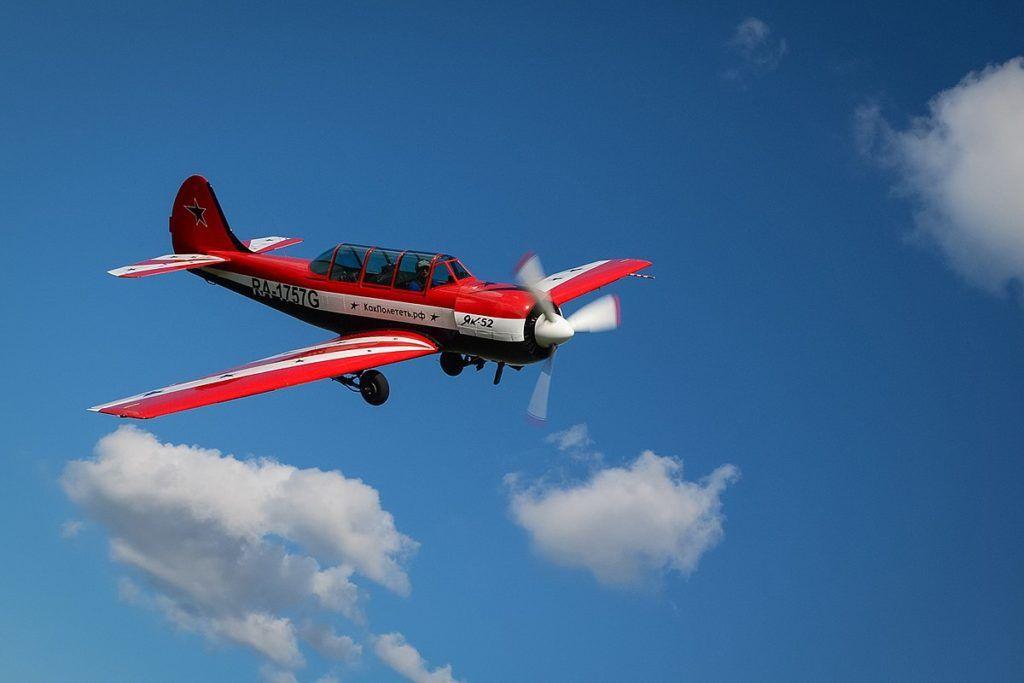 Як-52 в небе