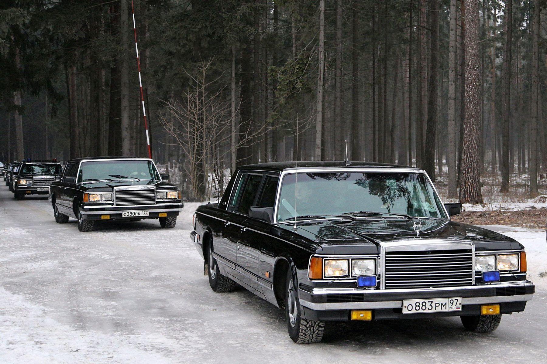 ЗИЛ-41047 на снегу