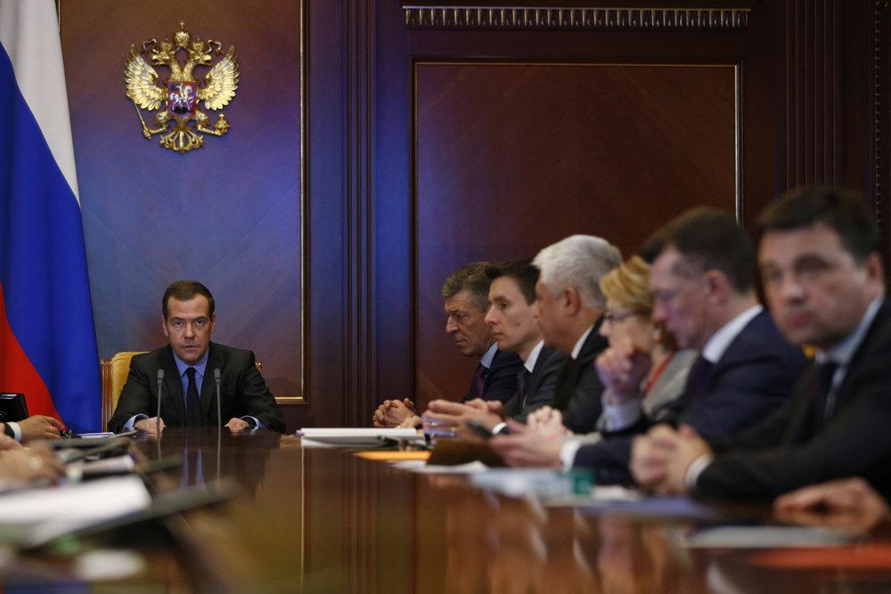 Премьер-министр на совещании