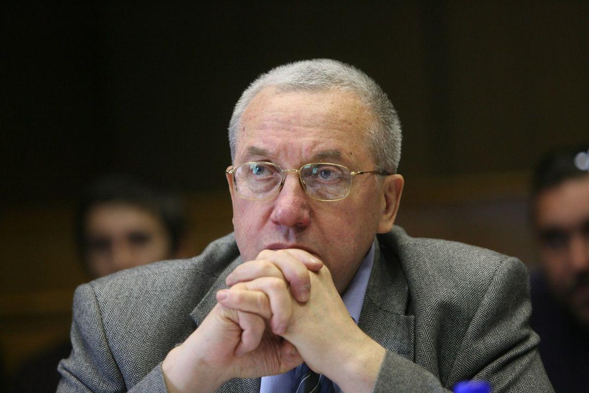Андрей Кокошин
