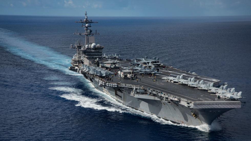 Авианосец ВМФ США