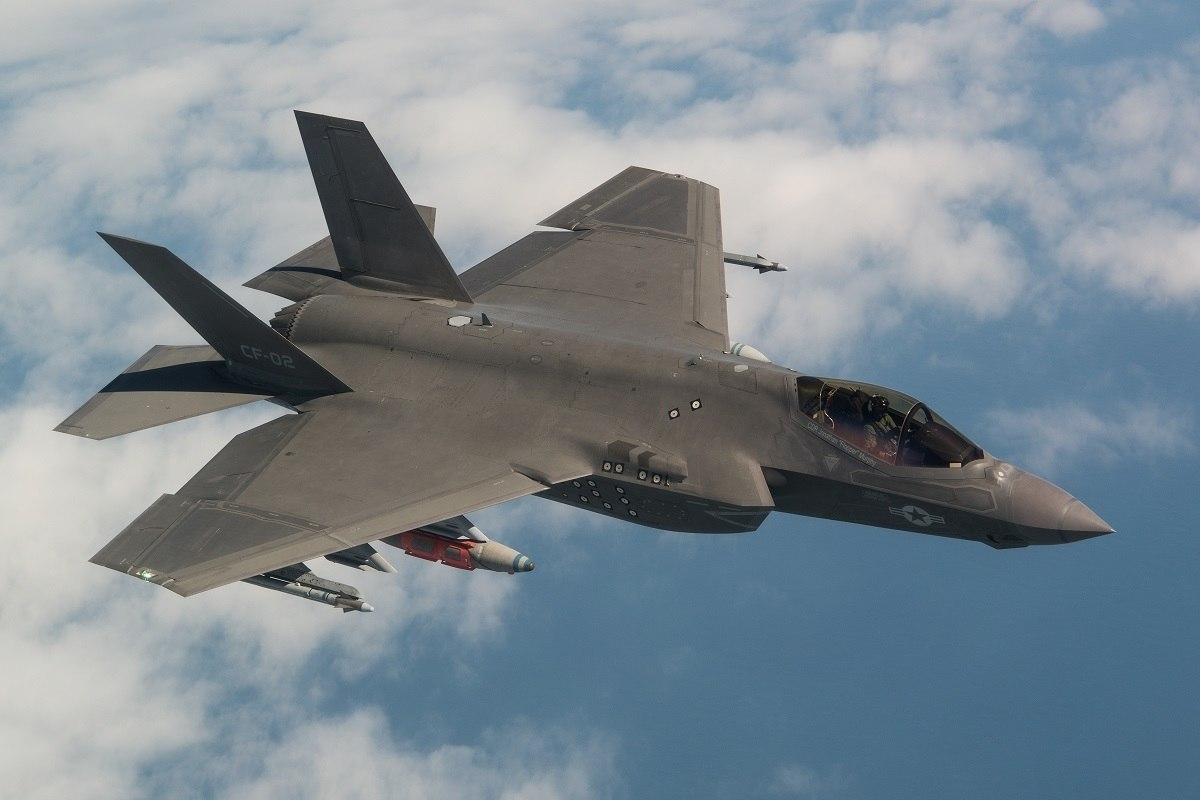F-35 в полете