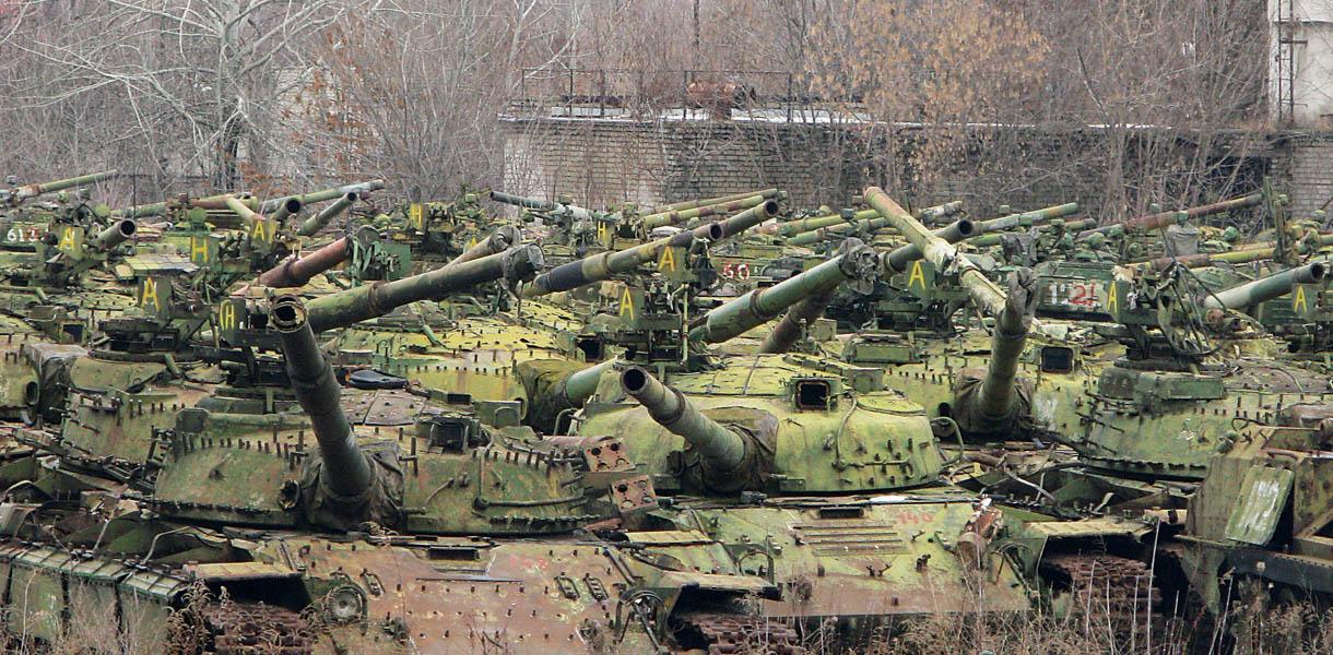 Множество танков