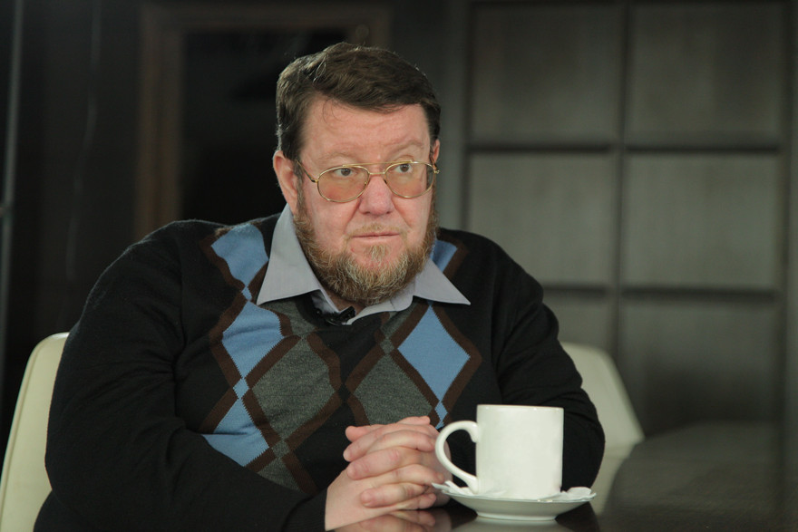Известный политолог Сатановский