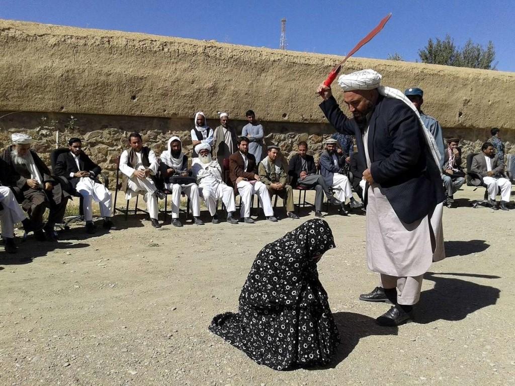 Женщина у талибов