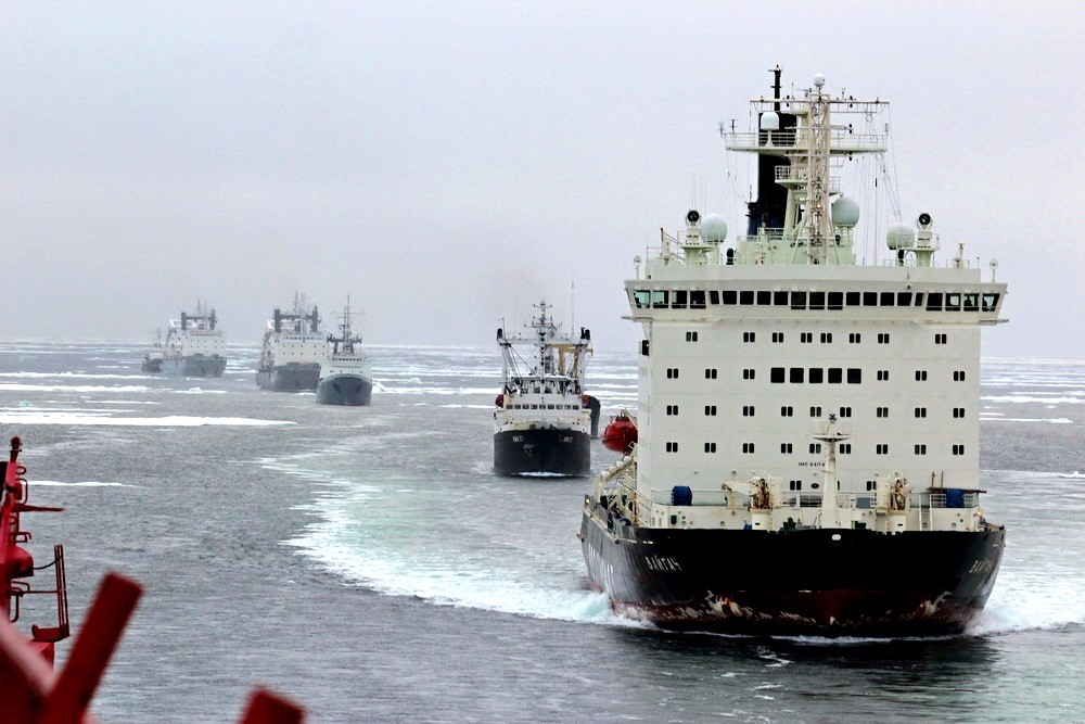 Ледоколы на Северном Морском Пути