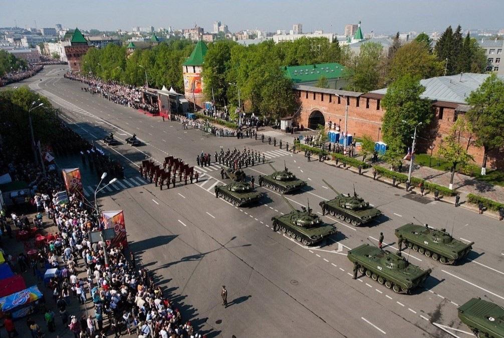 Парад в Новгороде