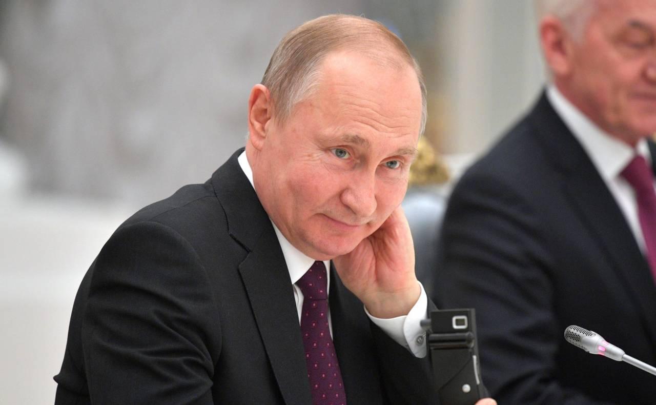 Рейтинг Путина - 30%