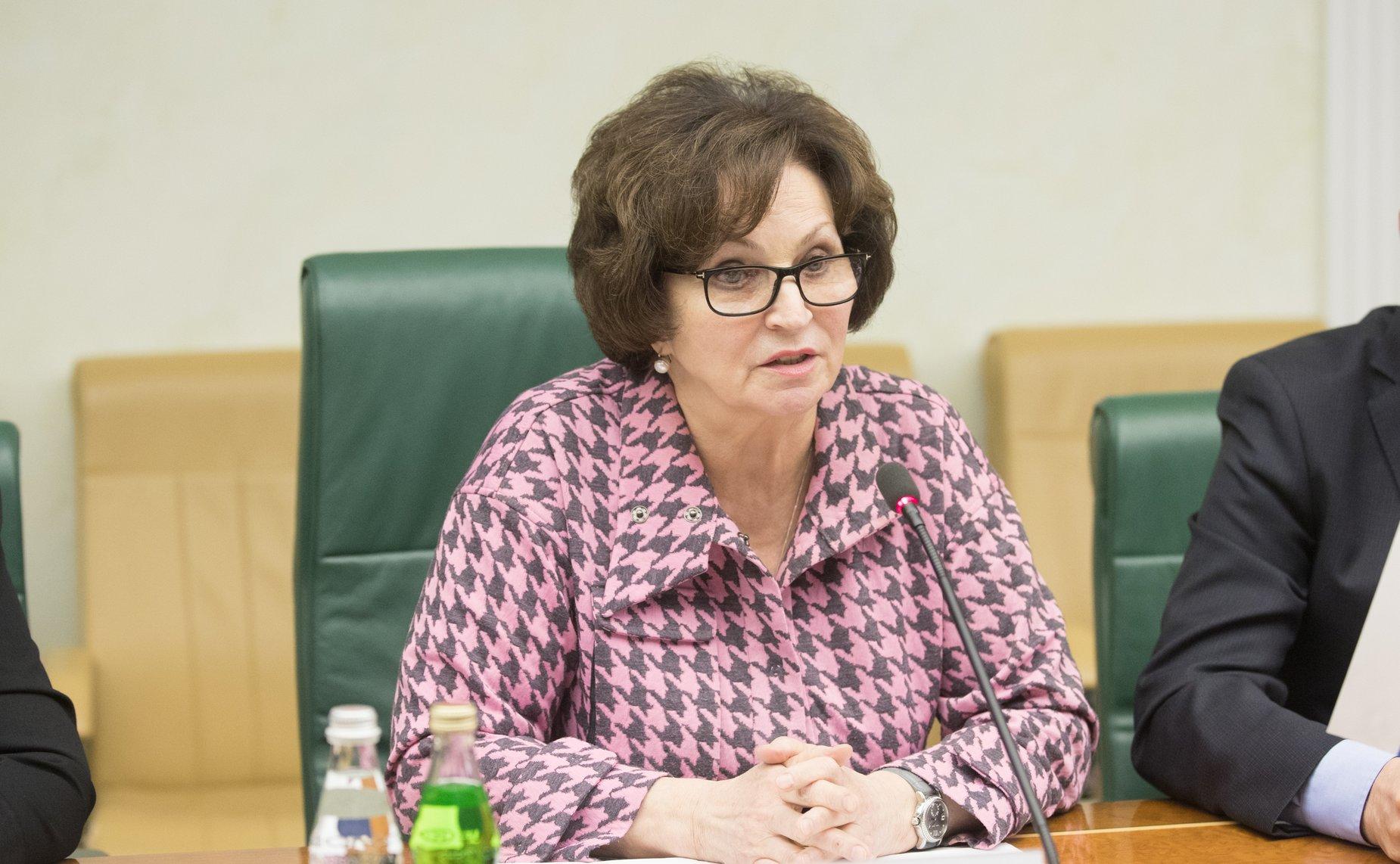 Сенатор Лахова