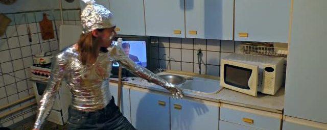 Человек против микроволновки